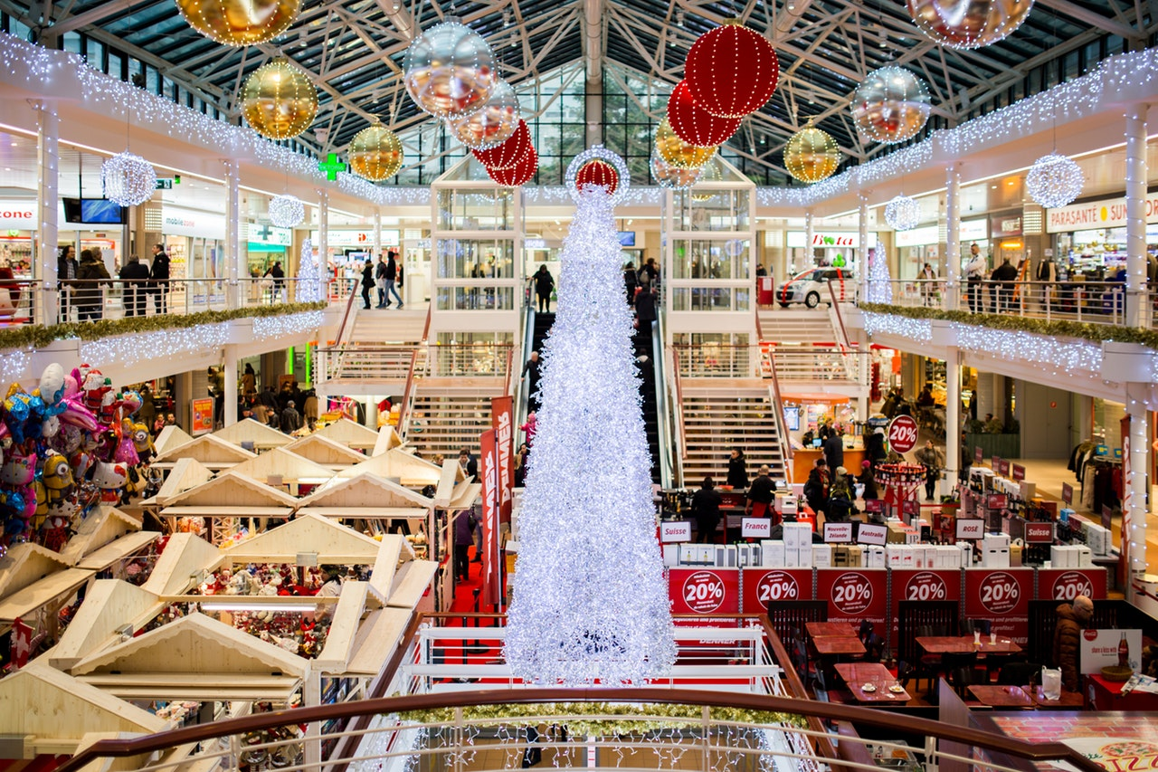 Kick Off the Holidays with These 7 Shopper Trends